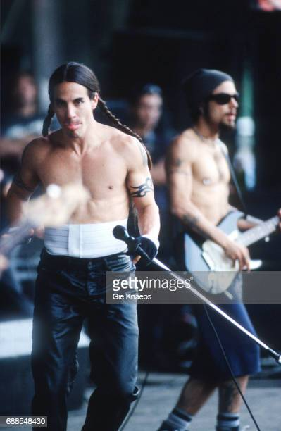 Red Hot Chili Peppers Anthony Kiedis Dave Navarro TorhoutWerchter Festival Werchter Belgium