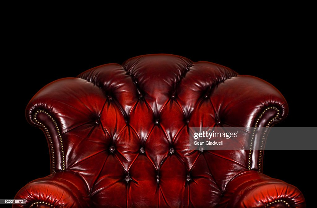 Red leather armchair : Foto de stock