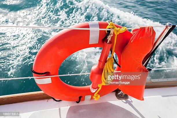 Lifebuoy rojo