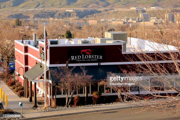 Red Lobster seafood restaurant showing company logo, northern Idaho.