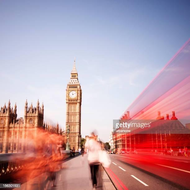 red london bus, westminster bridge, big ben - international landmark stock pictures, royalty-free photos & images