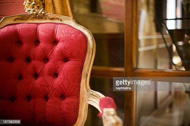 Chaise rouge de luxe