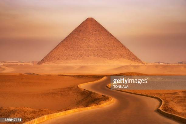 red pyramid of dahshur - pyramid stock pictures, royalty-free photos & images