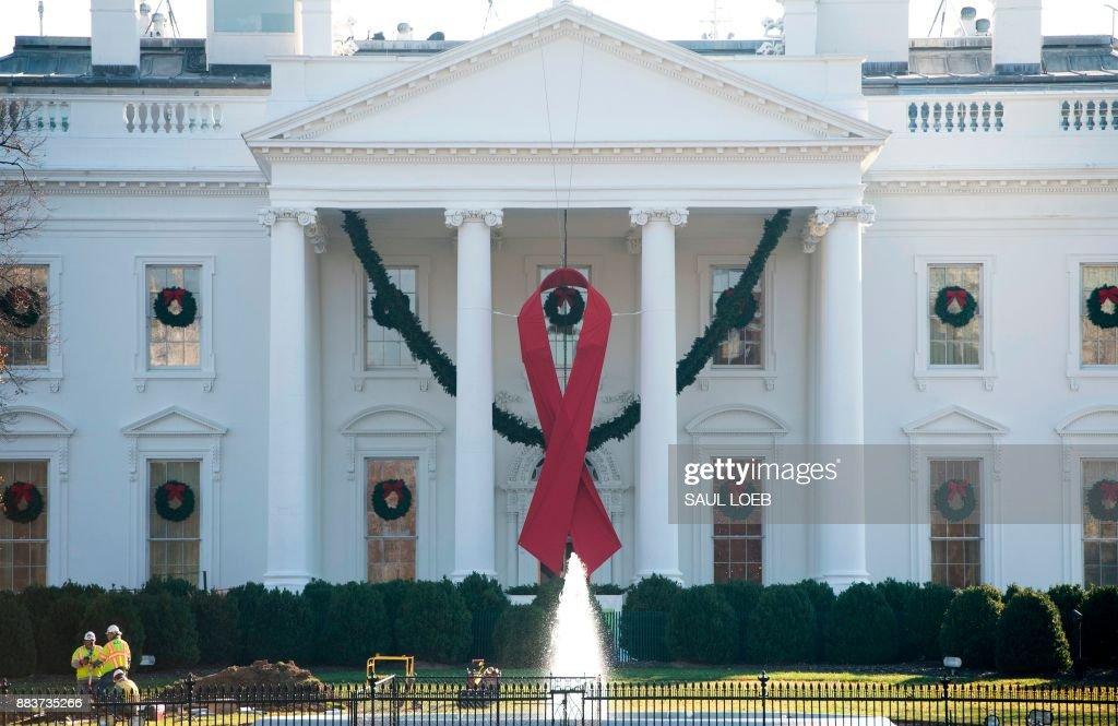 US-POLITICS-AIDS : News Photo