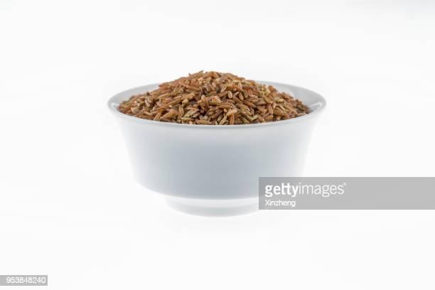 red rice directly above view, macro shot. traditional food. - arroz integral - fotografias e filmes do acervo