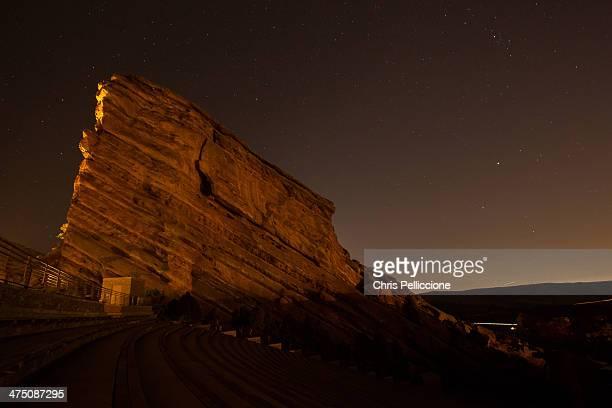 red rock night - rocha vermelha imagens e fotografias de stock