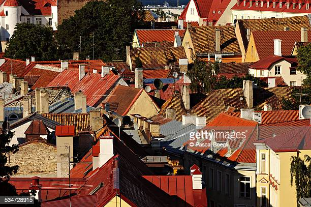 red roofs with chimneys in tallinn - estonia - harjumaa stock pictures, royalty-free photos & images
