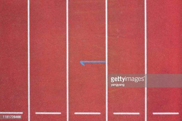 red running track - 得点打 ストックフォトと画像