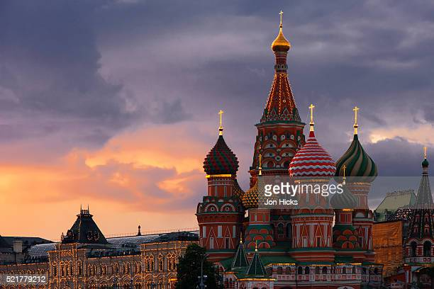 red square at dusk. - moscow russia stock pictures, royalty-free photos & images