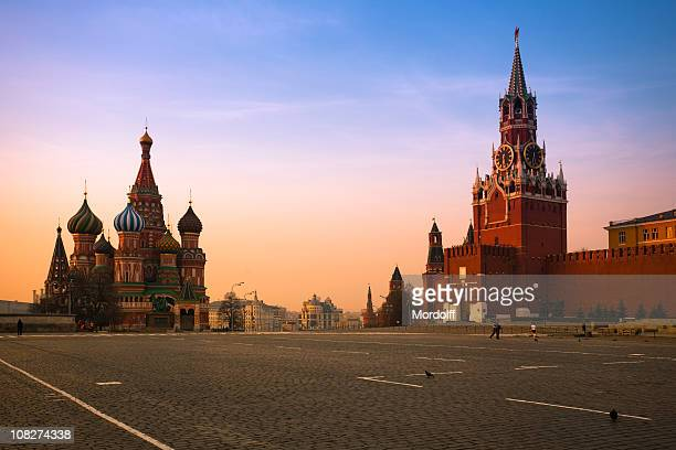 red square in moscow at sunrise - moscow russia stock pictures, royalty-free photos & images
