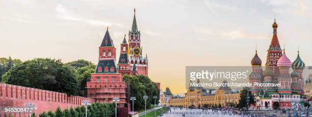red square - moscow russia stock pictures, royalty-free photos & images