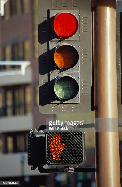 red stoplight signal, grainy - walk don't walk signal stock pictures, royalty-free photos & images