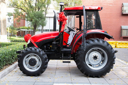 Red tractor - gettyimageskorea