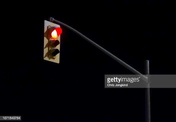 red traffic light - stoplight stock pictures, royalty-free photos & images