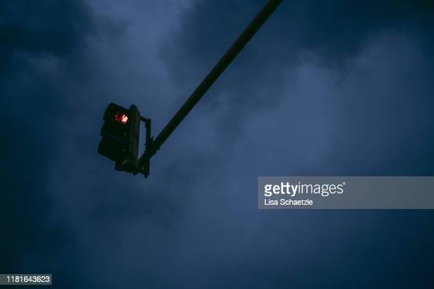 red traffic light – urban street scene - lisa strain stock pictures, royalty-free photos & images