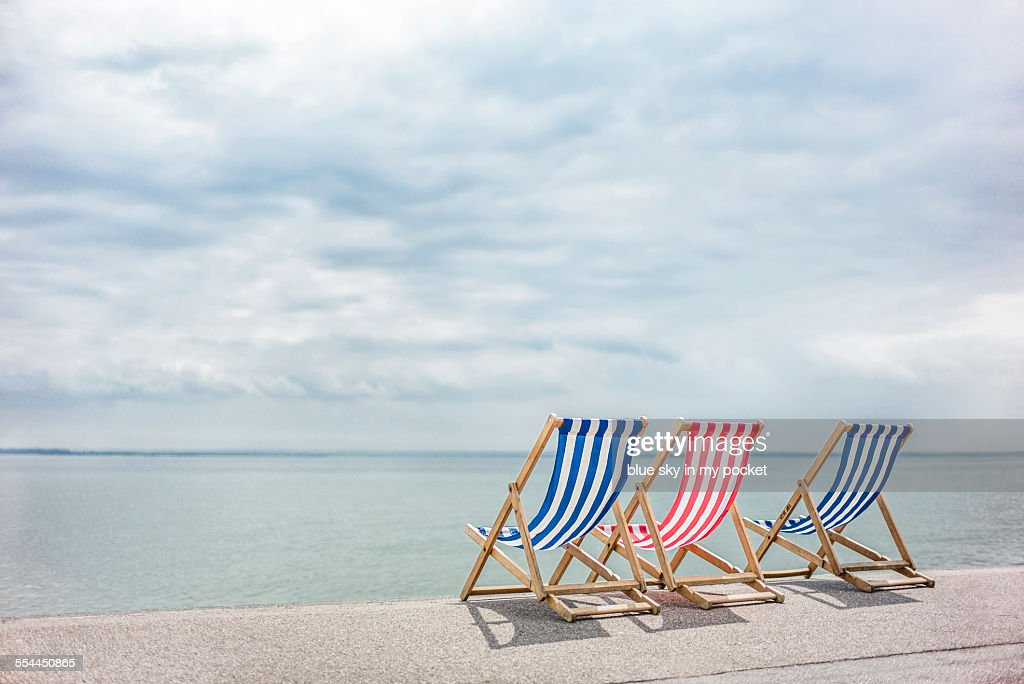 Wondrous Red White And Blue Deck Chairs At The Sea Side High Res Short Links Chair Design For Home Short Linksinfo