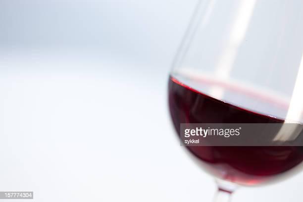 レッドワイン - cabernet sauvignon grape ストックフォトと画像
