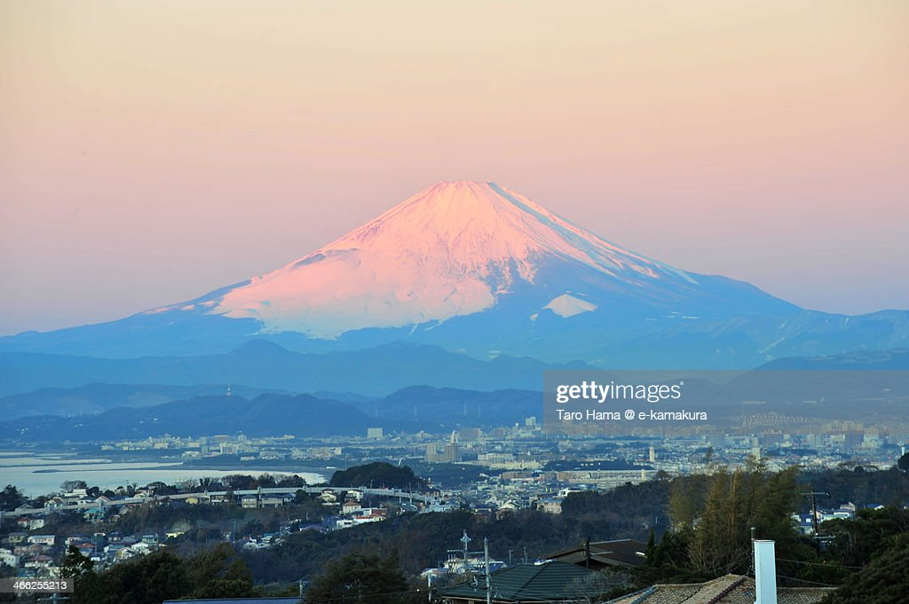 Red-colored morning Mt.Fuji : Foto de stock