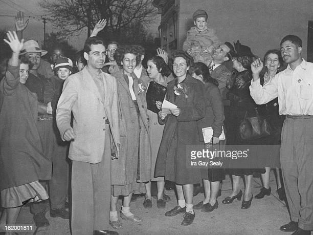 1131948 Reds Group Welcoming Rogers Wertheimer Blau Mrs Maia James Irving Blau Naney Wartheimer Mrs Jane Rogers Tommy Rogers 5