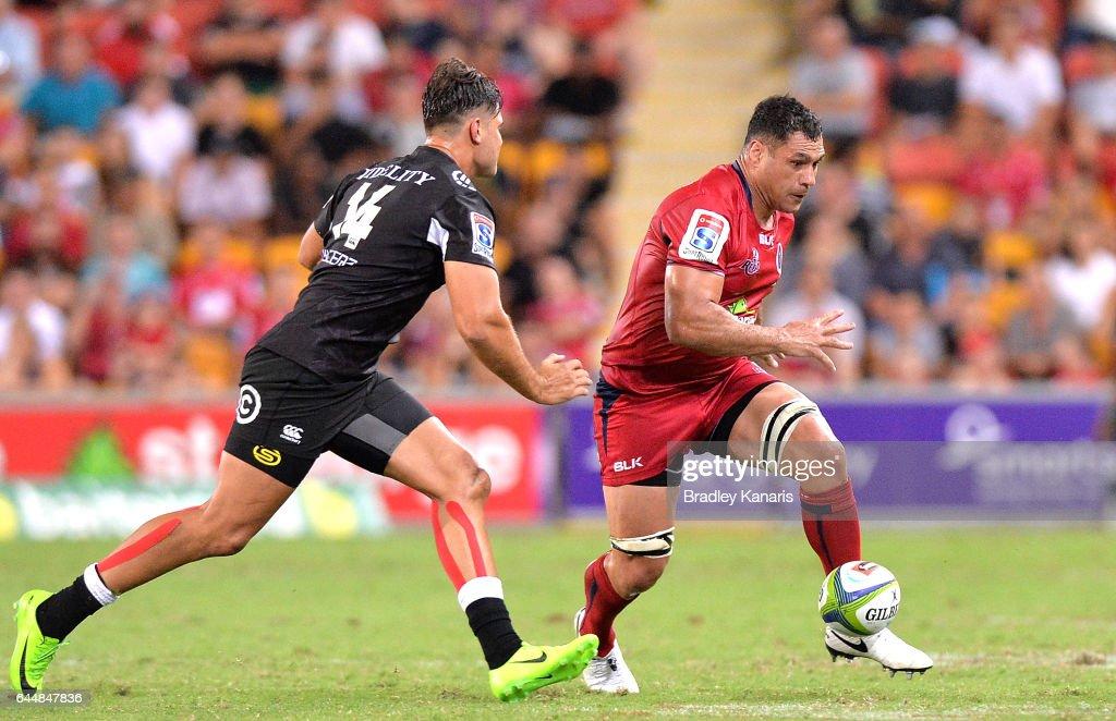 Super Rugby Rd 1 - Reds v Sharks : News Photo