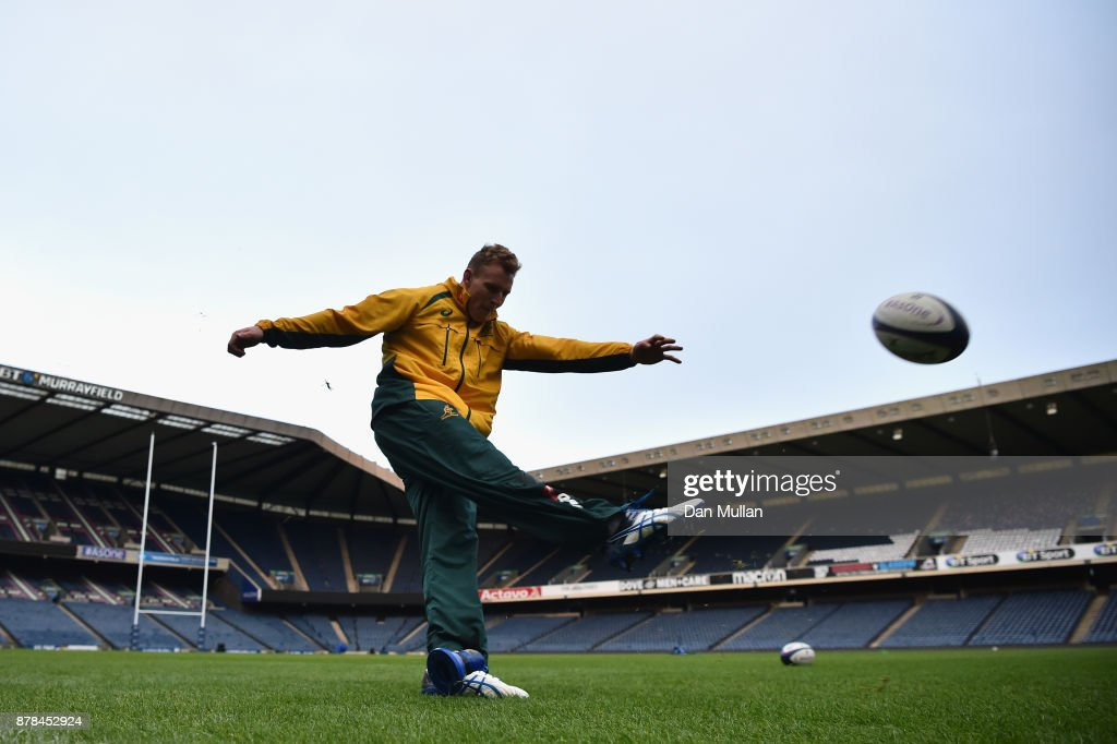 Reece Hodge of Australia practices his kicking during the Australia Captain's Run at Murrayfield Stadium on November 24, 2017 in Edinburgh, Scotland.