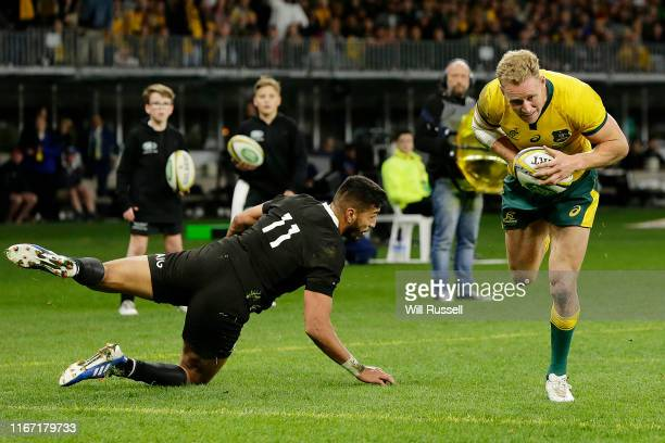 Reece Hodge of the Wallabies scores a try during the 2019 Rugby Championship Test Match between the Australian Wallabies and the New Zealand All...