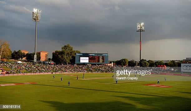 Reece Topley of England bowls under dark skies during the 3rd Momentum ODI match between South Africa and England at Supersport Park on February 9...