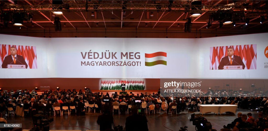 HUNGARY-POLITICS-FIDESZ-CONGRESS-ORBAN : News Photo