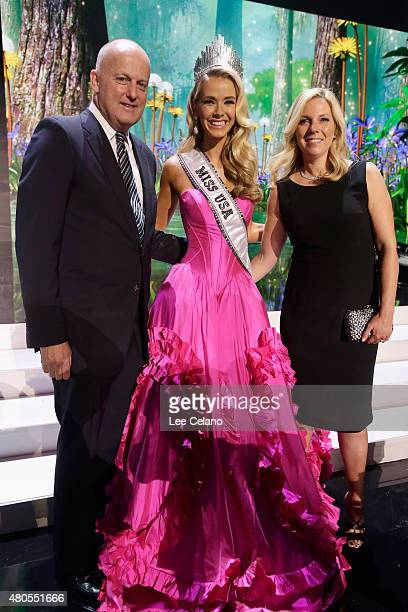REELZChannel CEO Stan E Hubbard Miss USA Olivia Jordan of Oklahoma and Jennifer Hubbard pose onstage at the 2015 Miss USA Pageant Only On...