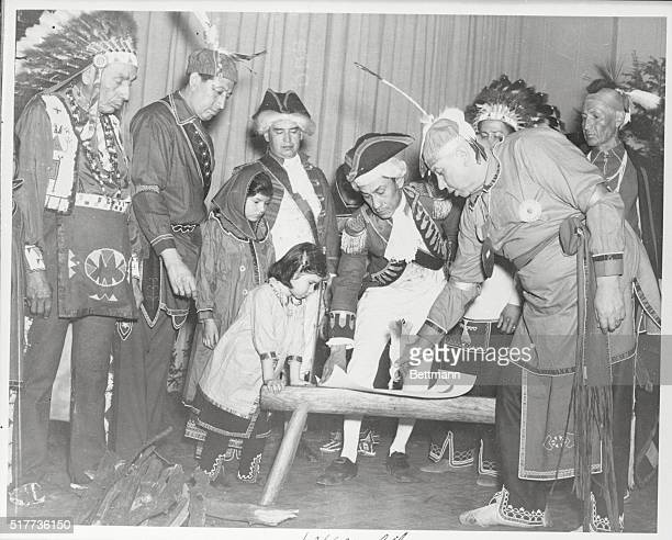 Reenactment of the signing of the treaty between members of the Iroquois Confederacy and US government as performed by the Tonawanda Seneca...