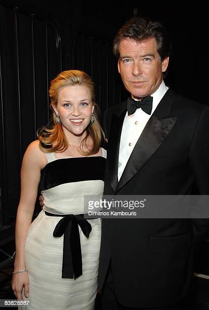 Reese Witherspoon and Pierce Brosnan 10612_dk0334jpg