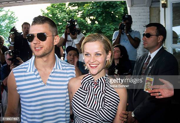 Reese Witherspoon and Ryan Phillippe attend the premiere of 'Legally Blonde' Southampton New York July 7 2001
