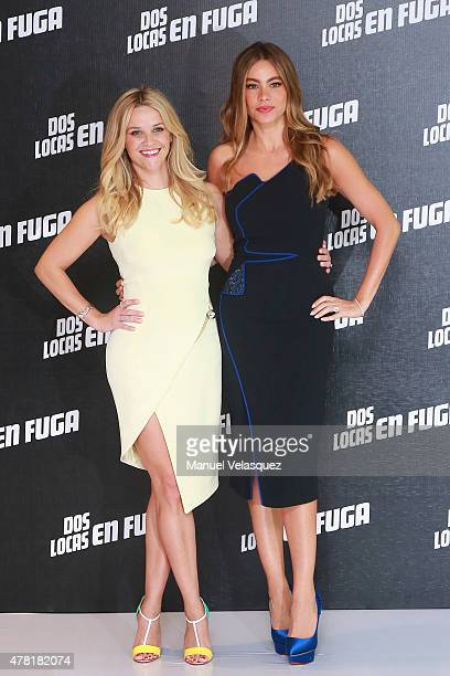 Reese Witherspoon and Sofia Vergara pose for pictures during the Hot Pursuit photocall at Saint Regis Hotel on June 23 2015 in Mexico City Mexico