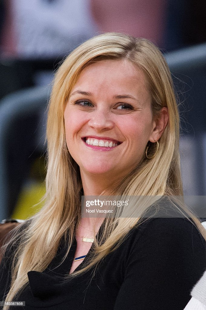 Reese Witherspoon attends a basketball between Toronto Raptors and Los Angeles Lakers at Staples Center on March 8, 2013 in Los Angeles, California.