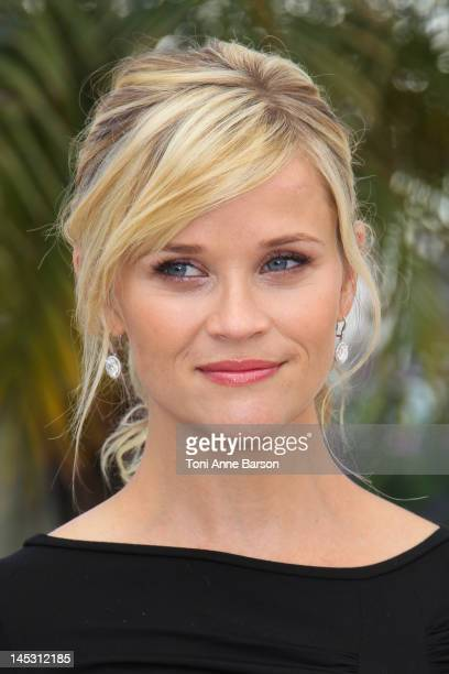 """Reese Witherspoon attends """"Mud"""" Photocall during the 65th Annual Cannes Film Festival at Palais des Festivals on May 26, 2012 in Cannes, France."""