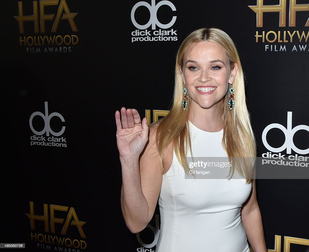 19th Annual Hollywood Film Awards - Arrivals : News Photo