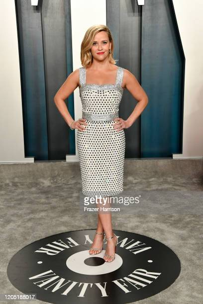 Reese Witherspoon attends the 2020 Vanity Fair Oscar Party hosted by Radhika Jones at Wallis Annenberg Center for the Performing Arts on February 09...
