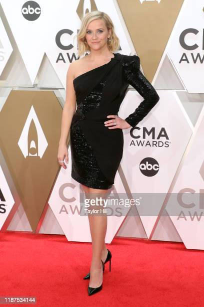 Reese Witherspoon attends the 53nd annual CMA Awards at Bridgestone Arena on November 13, 2019 in Nashville, Tennessee.