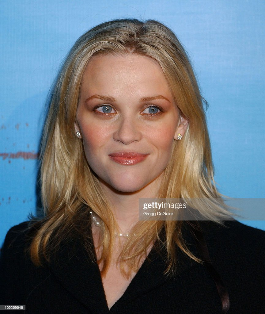 Reese Witherspoon during Celebrities Supporting 'Declare Yourself': A National Nonpartisan, Nonprofit Campaign Inspiring Young Adults To Participate In The 2004 Election at Historic Beverly Hills Post Office in Beverly Hills, California, United States.