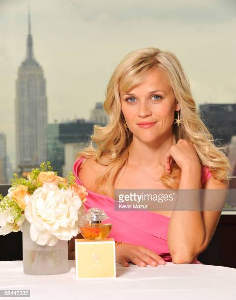 Reese Witherspoon in NYC to preview her firstever fragrance In Bloom by Reese Witherspoon available exclusively from Avon in November