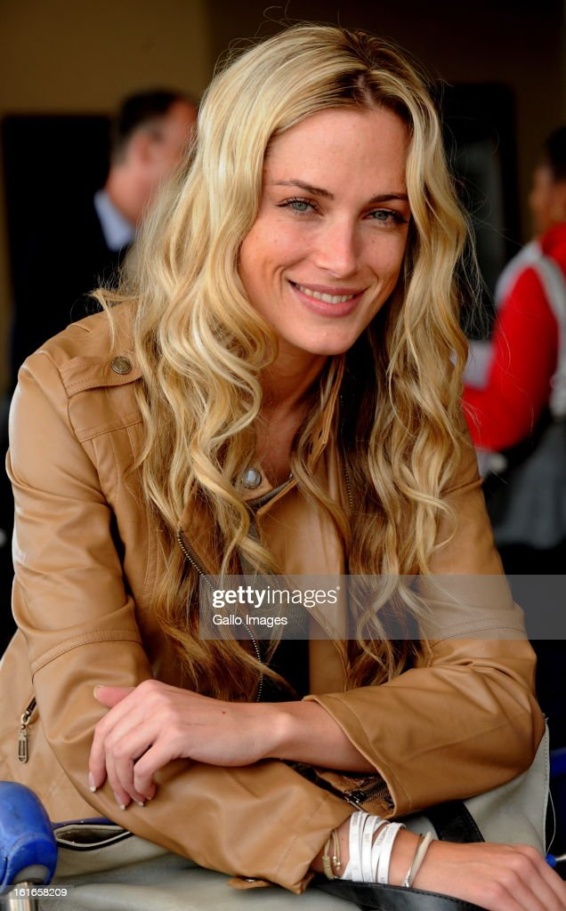 Reeva Steenkamp... : News Photo