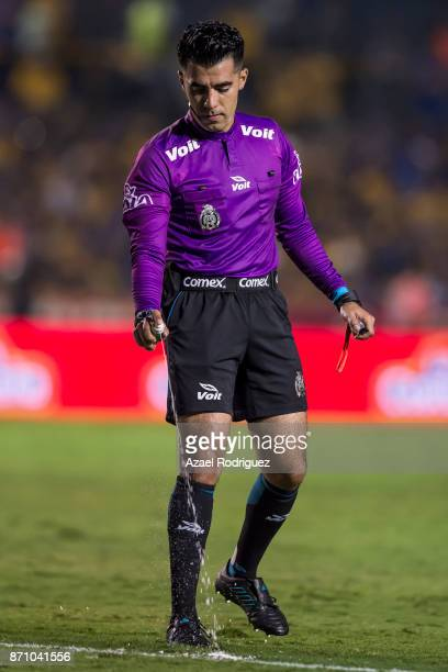 Referee Adonai Escobedo in action during the 16th round match between Tigres UANL and Necaxa as part of the Torneo Apertura 2017 Liga MX at...
