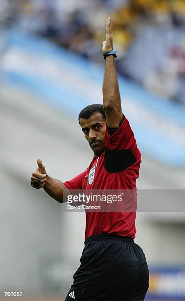 Referee Ali Bujsaim during the FIFA World Cup Finals 2002 Group F match between Argentina and Sweden played at the Miyagi Stadium in Miyagi Japan on...