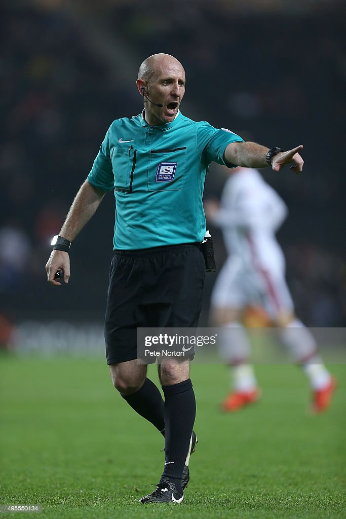Referee Andy Davies in action during the Sky Bet Championship match between Milton Keynes Dons and Charlton Athletic at Stadium MK on November 3, 2015 in Milton Keynes, United Kingdom.