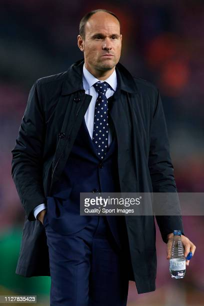 Referee Antonio Mateu Lahoz looks on prior to the Copa del Rey Semi Final first leg match between FC Barcelona and Real Madrid at Nou Camp on...