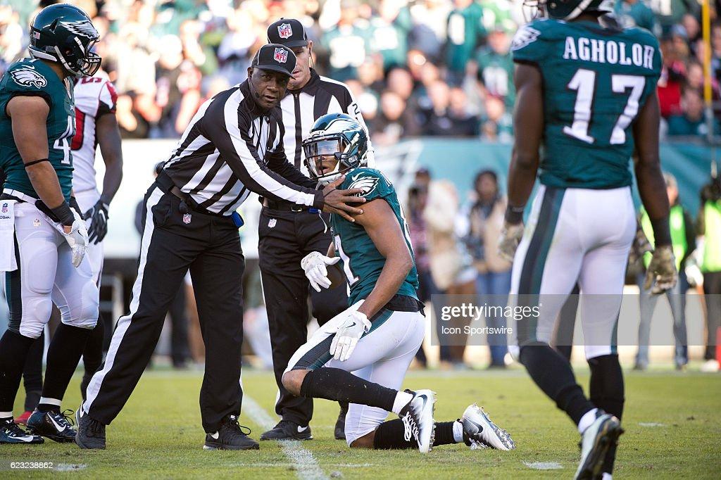 NFL: NOV 13 Falcons at Eagles : News Photo