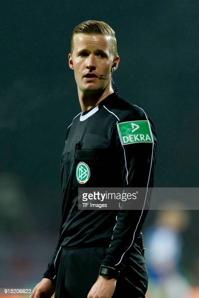 Referee Arne Aarnink looks on during the Second Bundesliga match between Holstein Kiel and 1 FC Union Berlin at HolsteinStadion on January 23 2018 in...
