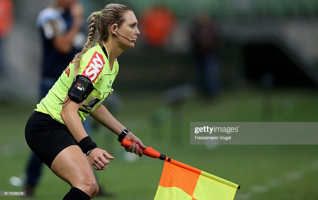 Referee Assistant Nadine Schramm Camara Bastos looks on during the match between Palmeiras and Sport Recife for the Brazilian Series A 2016 at Allianz Parque on October 23, 2016 in Sao Paulo, Brazil.