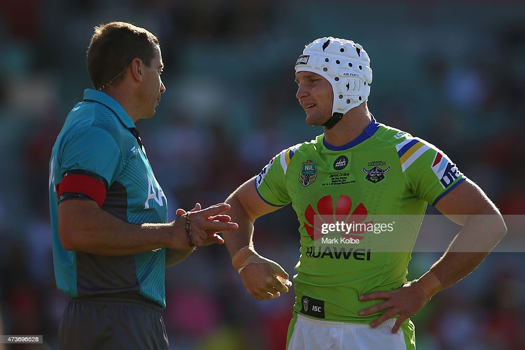 Referee Ben Cummins speaks to Jarrod Croker of the Raiders during the round 10 NRL match between the St George Illawarra Dragons and the Canberra Raiders at WIN Stadium on May 17, 2015 in Wollongong, Australia.