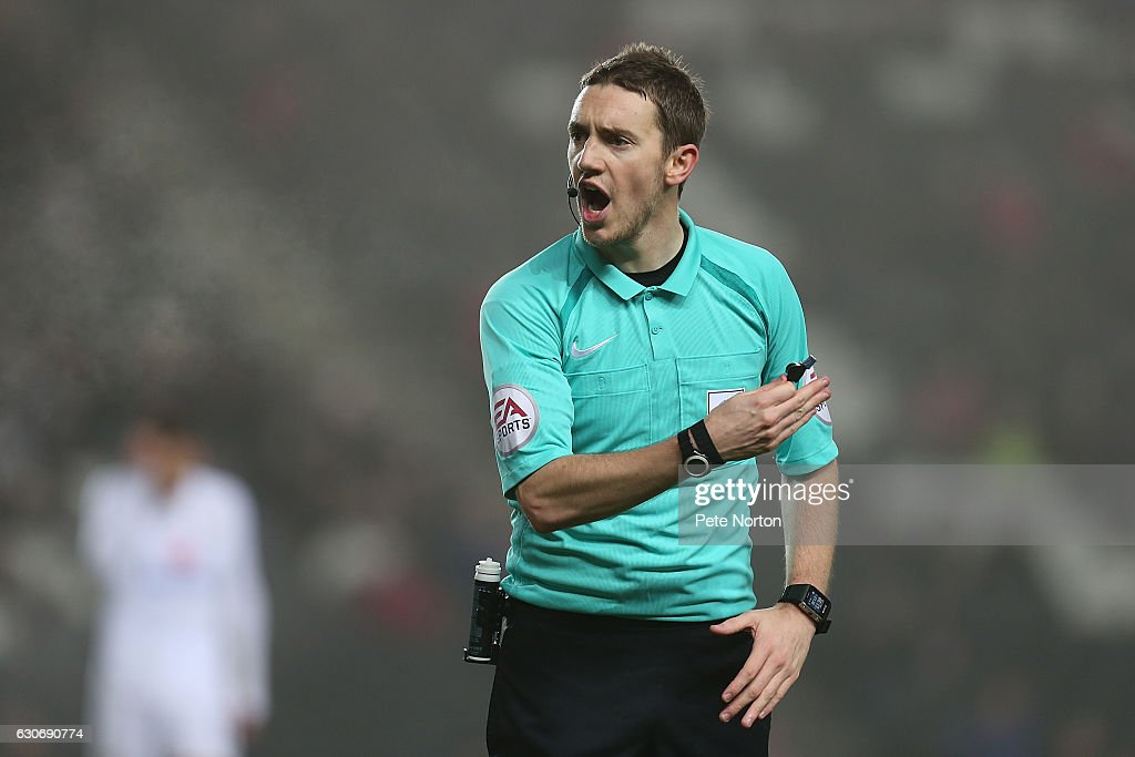 Referee Ben Toner in action during the Sky Bet League One match between Milton Keynes Dons and Swindon Town at StadiumMK on December 30, 2016 in Milton Keynes, England.